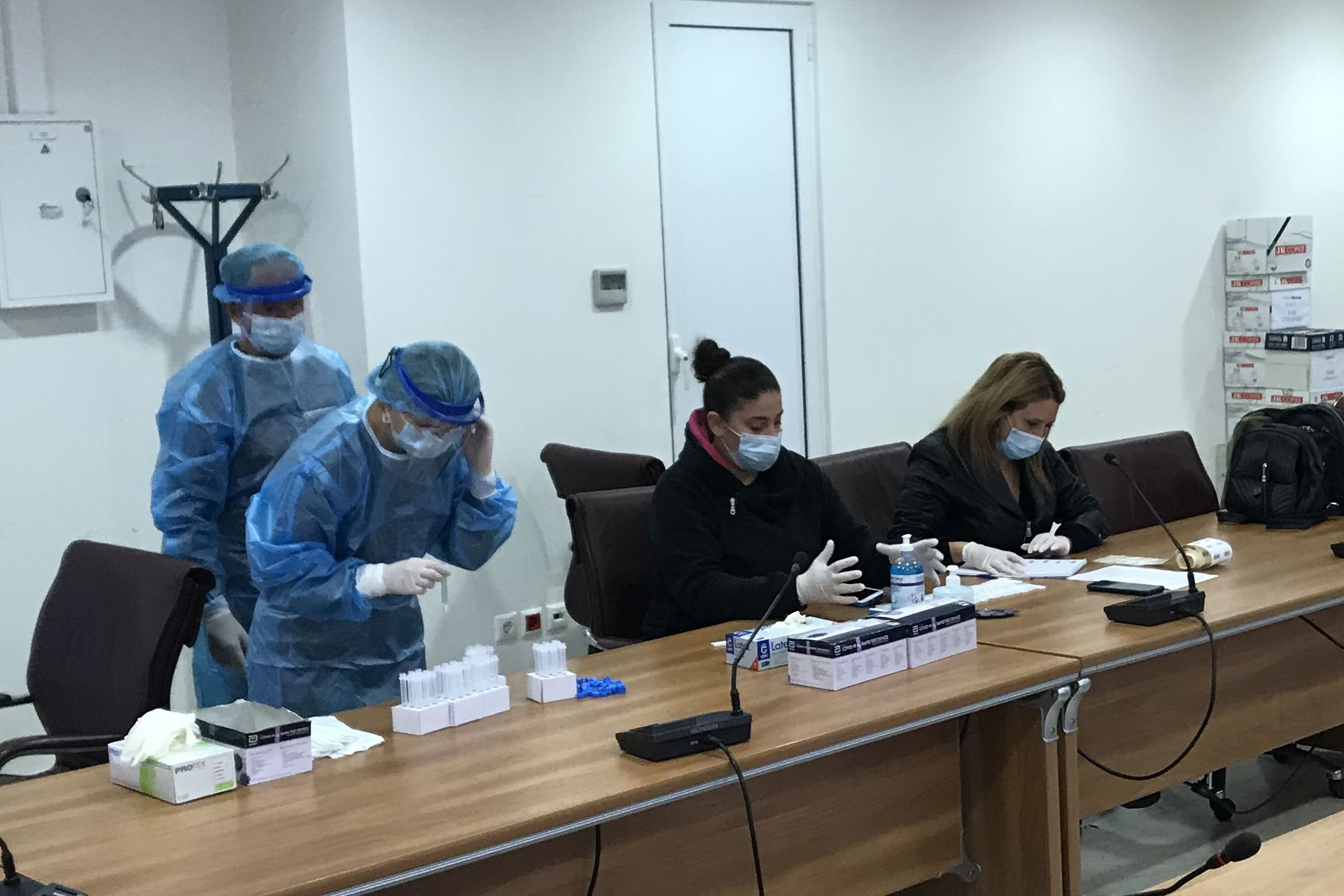 Ionian University personnel rapid tests all negative