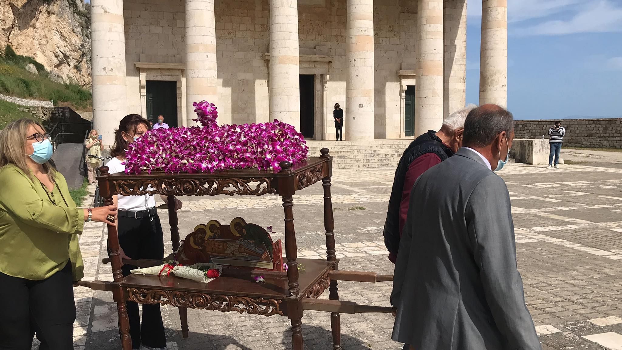 Corfu Events Organisation (OKE) - Epitaphios at Church of St.George, Old Fortress