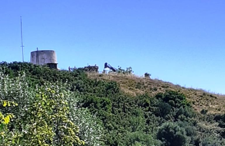 Attempted demolition of building at old fort in Agios Stefanos blocked