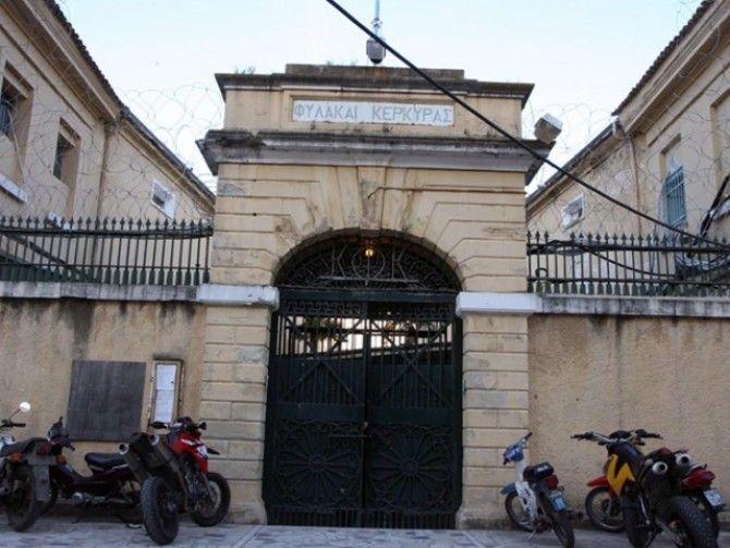 Ερώτηση Μπιάγκη για τους εξωτερικούς φρουρούς των φυλακών