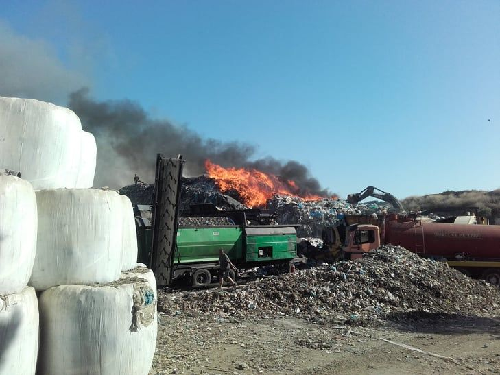 Τα πορίσματα των πυρκαγιών στους ΧΥΤΑ Κέρκυρας και Κεφαλονιάς ζητά η Λαϊκή Συσπείρωση
