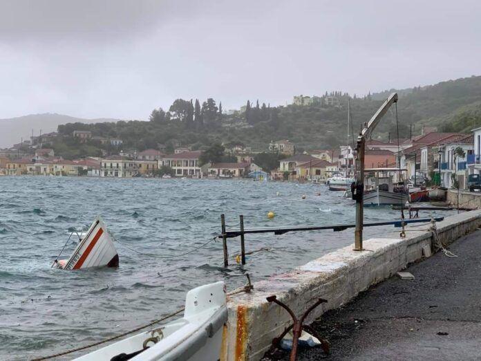 Μετρούν πληγές από τον «Ιανό» οι ψαράδες της Ιθάκης