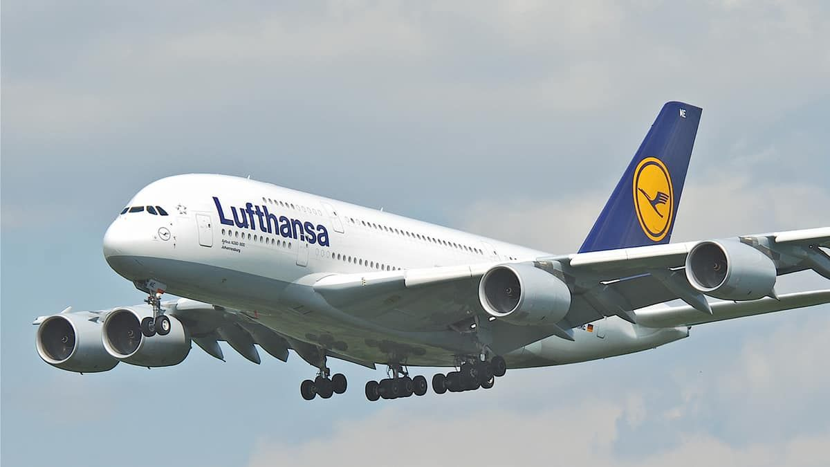 Who came to Corfu on the first Lufthansa flight?