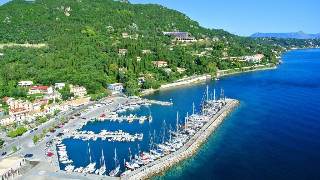 Benitses marina lease contract ready to be signed
