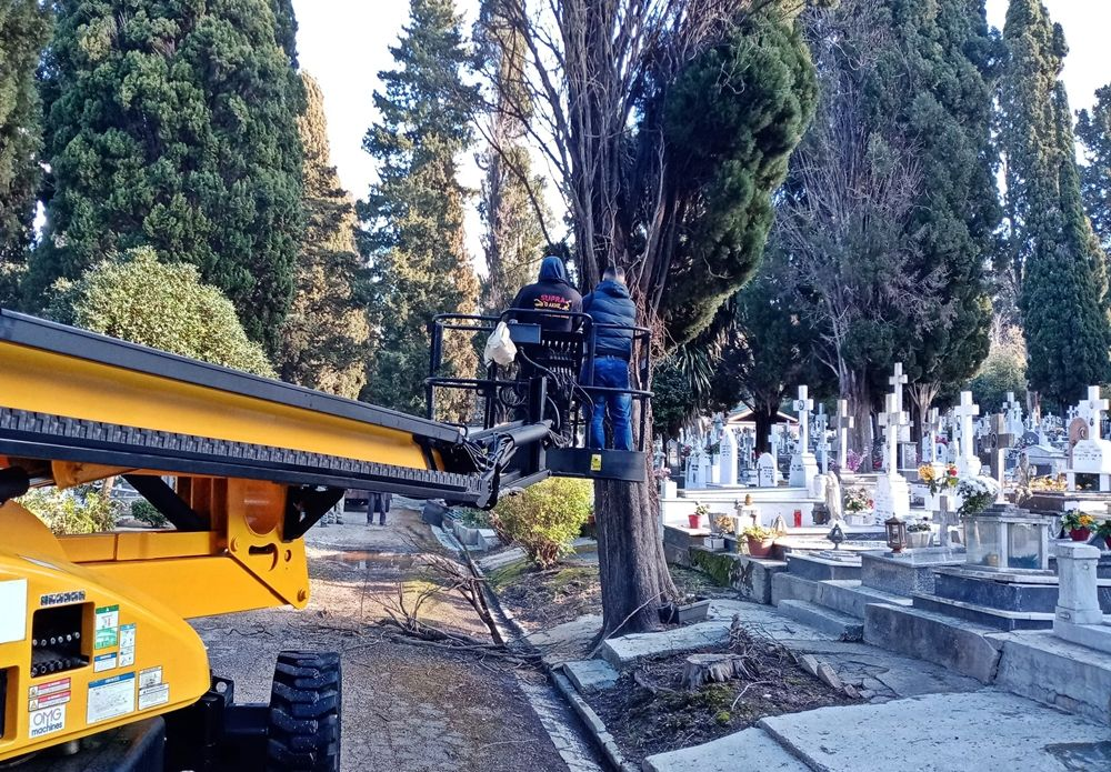 Repair, maintenance and improvements at Garitsa cemetery