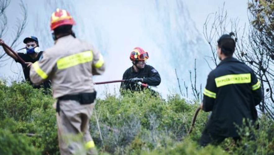Τέθηκε υπό έλεγχο φωτιά σε καλαμιώνες κοντά σε σπίτια στη Χρυσίδα