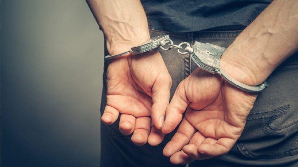 Συνελήφθη άμεσα ανήλικος στη Λαμία, για κλοπή από οικία ηλικιωμένου